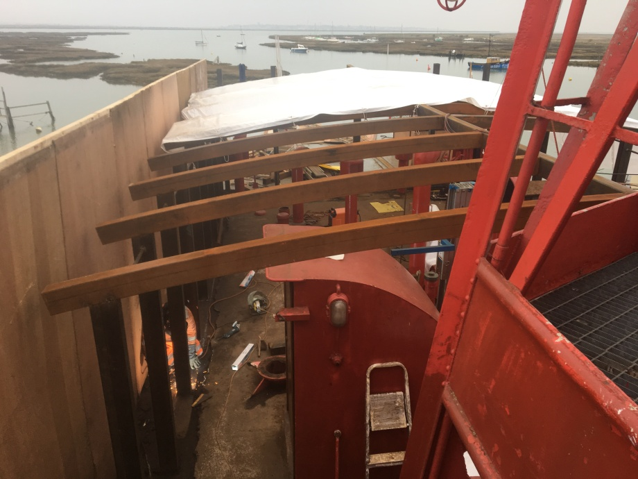 Boat deck clearance & upper saloon forming (2)